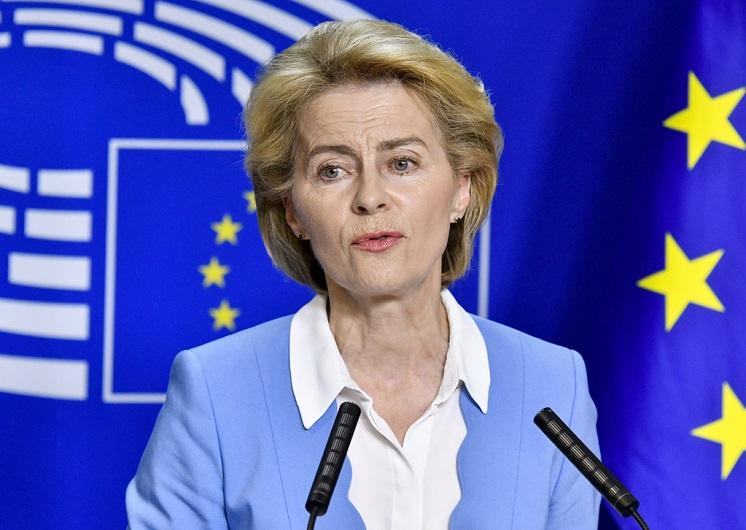 Ursula von der Leyen EU-kommisjonens første kvinnelige leder