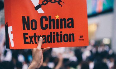 Vil Kina gripe militært inn i Hong Kong?