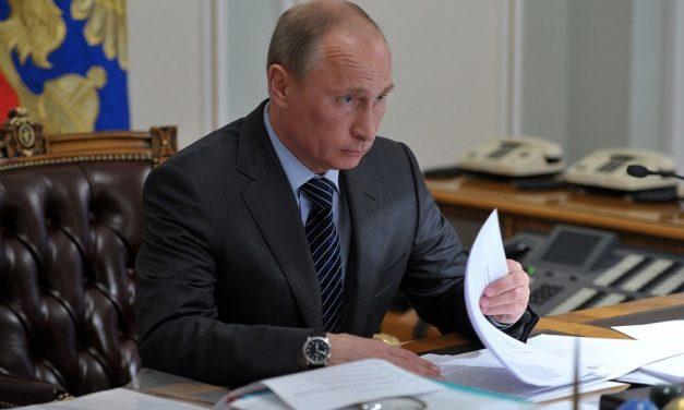 Vladimir Putin kan styre Russland fram til 2036