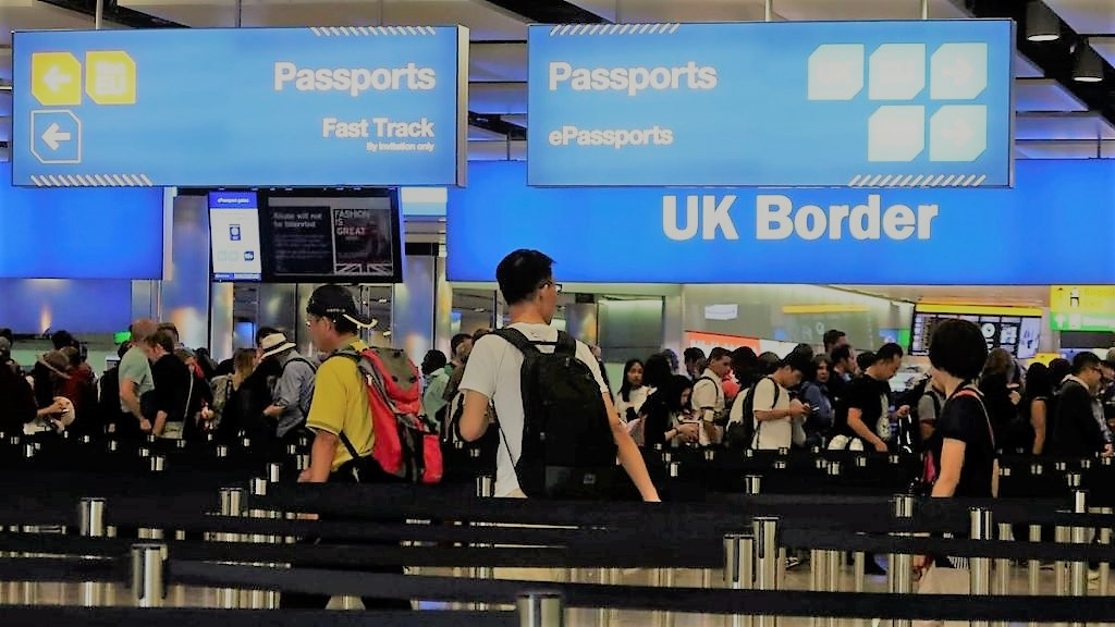 3 millioner fra Hong Kong til Storbritannia!