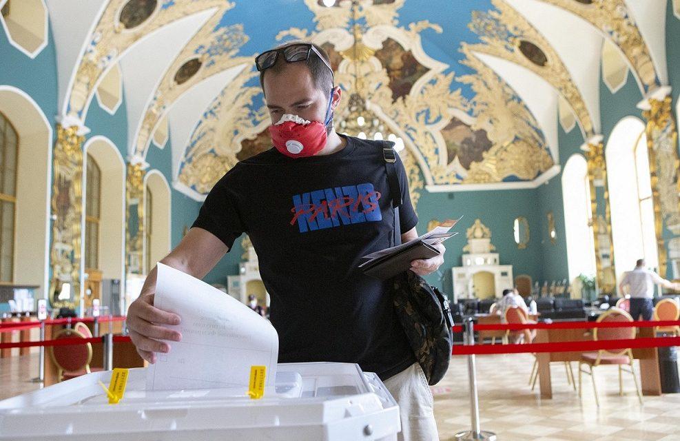 Putin vant grunnlovsavstemningen i Russland