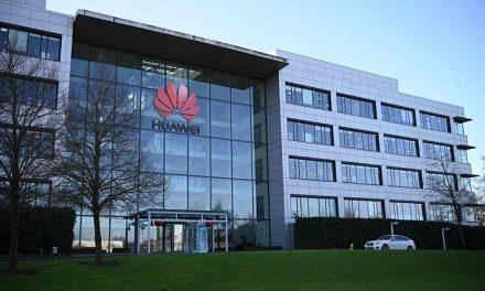 Boris Johnson presses til å avvise Huawei