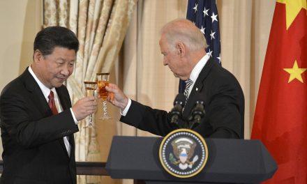Kina viser tenner