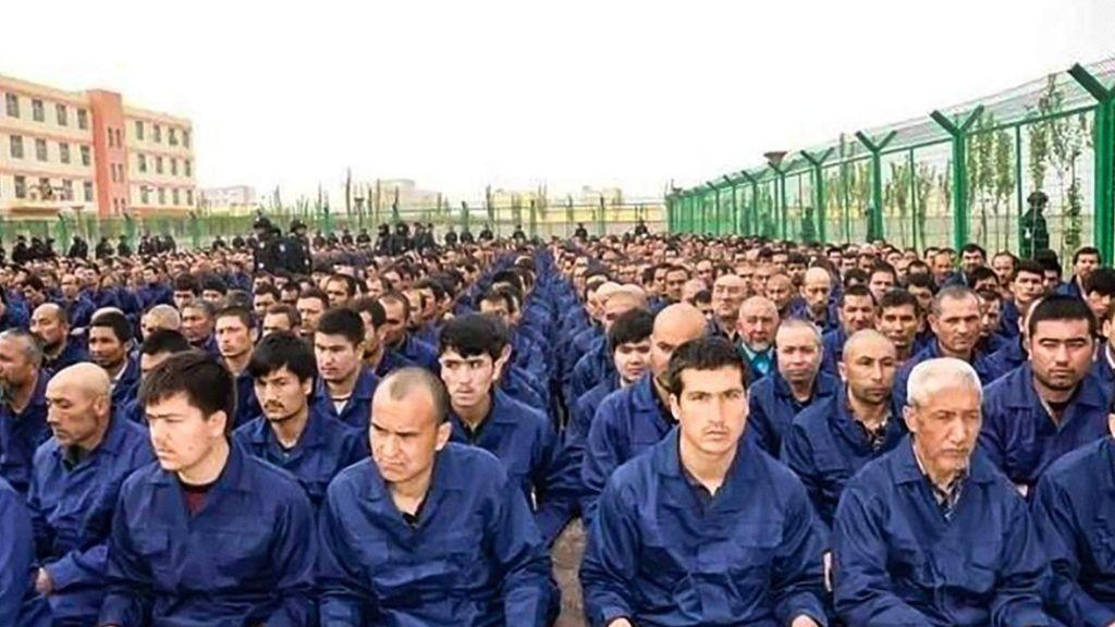 Kinas behandling av uigurer er folkemord