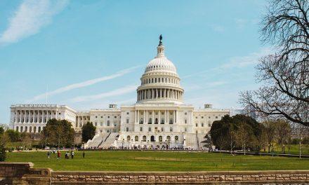 Truer med å sprenge Capitol
