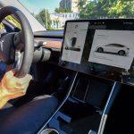 Tesla skal starte produksjon av elektriske biler i India