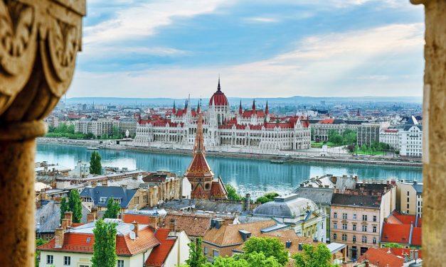 Ungarn forstyrrer forholdet mellom Kina og EU